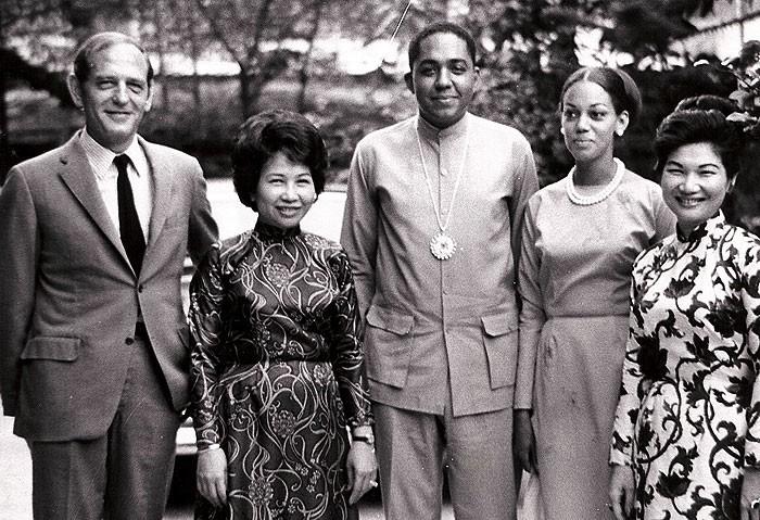 Luncheon with Vietnamese businesswomen, Saigon – 1968 - big